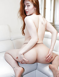 Jia Lissa Fun On The Couchwatch4beauty paula shy colza field